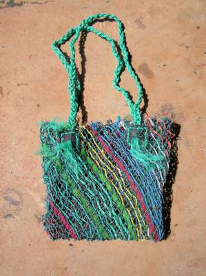 Re-using nets to make bags